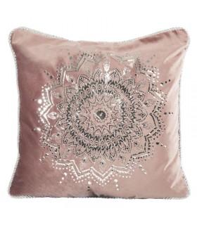Подушка из Розового Бархата, украшенная Серебряным принтом.