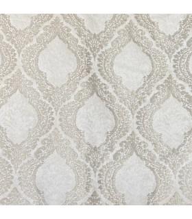 Роскошные, белые шторы с классическим узором светло-бежевого цвета